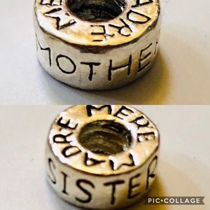 Choose:Mother/Madre or Sister/Madre Charm